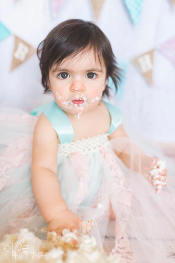 Toronto Family Photographer - Olive Photography - Isabella Cake Smash_0149